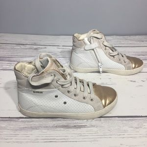 Geox Girls leather/gold sneakers